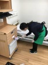 千葉医療センター(床頭台の清掃)の画像・写真